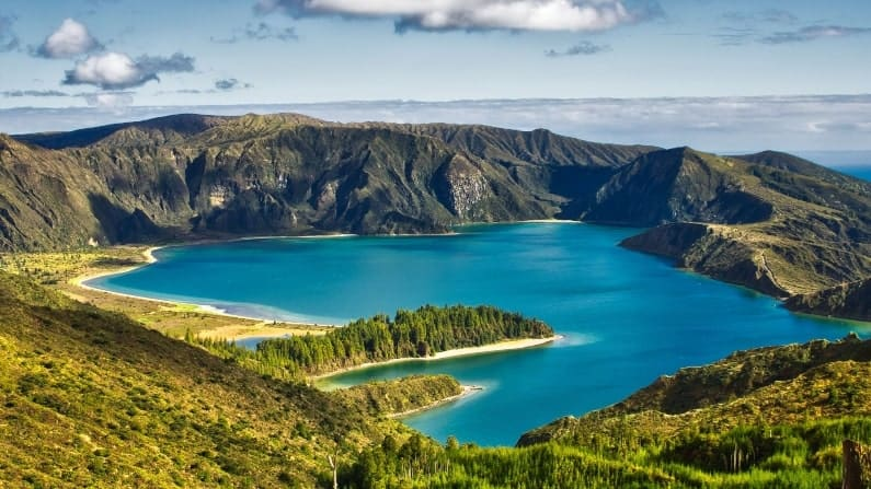 Places to be in AWE in front of nature: Sao Miguel
